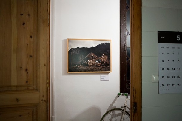openhouse-project-barcelona-photography-exhibition-camilla-de-maffei-the-visible-mountain-sarajevo-8